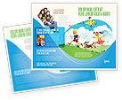 Education & Training: Glückliche kindheit Broschüren Vorlage #03756