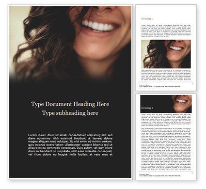 People: クローズアップの美しい女性の笑顔 - 無料Wordテンプレート #15734