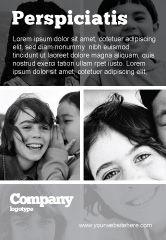 People: Modelo de Anúncio - crianças em cores preto e branco #05591
