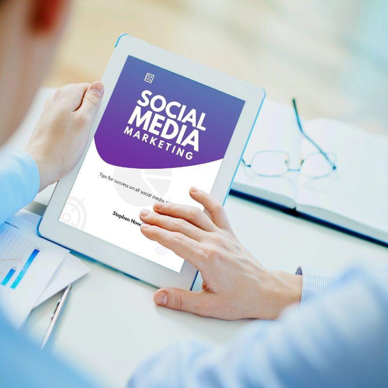 Social media marketing ebook keynote template, Slide 2, 05174, Presentation Templates — PoweredTemplate.com