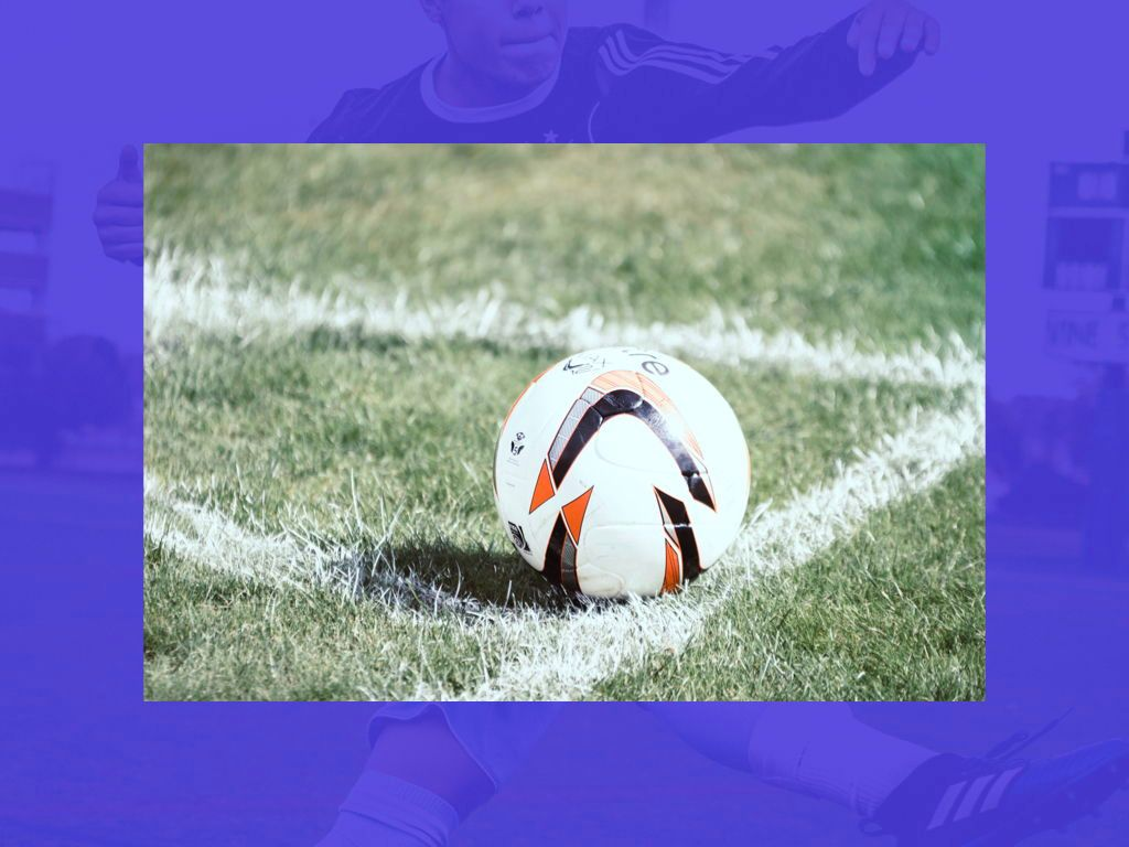 Soccer Keynote Template, Slide 25, 06181, Presentation Templates — PoweredTemplate.com