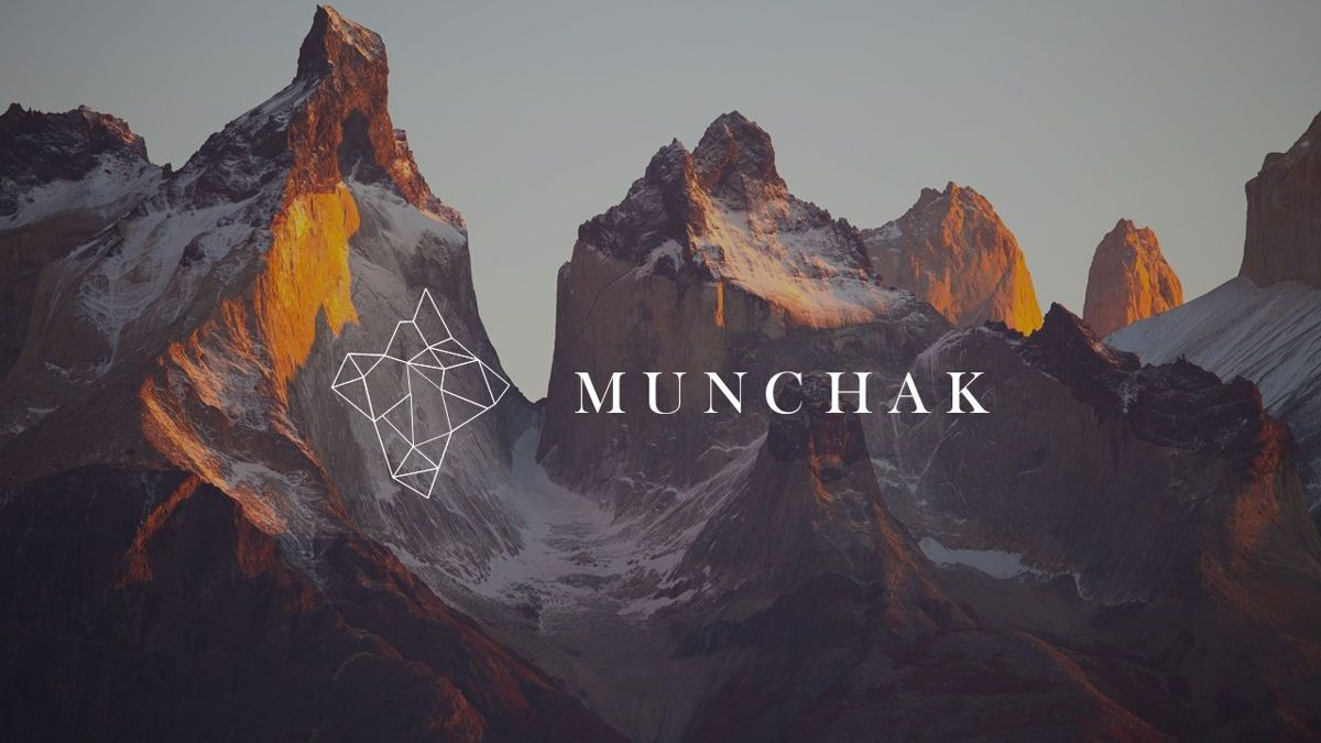 Munchak - Polygon Powerpoint Template, Slide 2, 06209, Data Driven Diagrams and Charts — PoweredTemplate.com