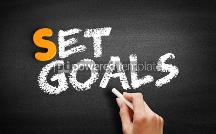Business: Set Goals text on blackboard #00946