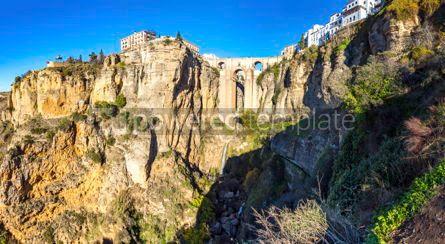 Architecture : Panoramablick von puente nuevo brücke in ronda city andalusien Foto #02891