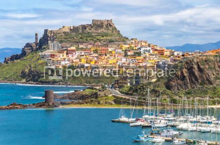 Architecture : Picturesque view of Medieval town of Castelsardo Sardinia Ital #02981