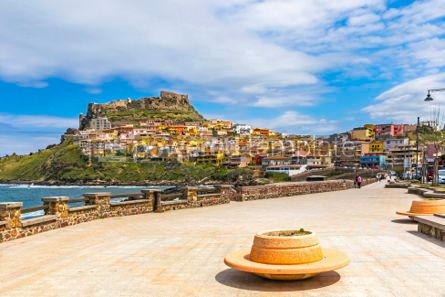 Architecture : Picturesque view of Medieval town of Castelsardo Sardinia Ital #02987
