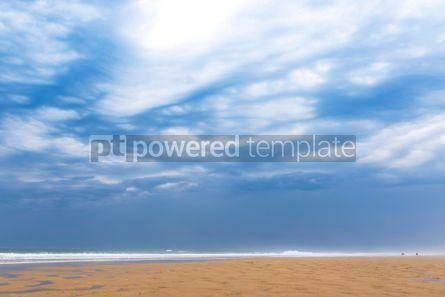 Nature: Ocean beach on the Atlantic coast of France near Lacanau-Ocean  #03097