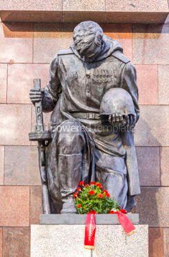 Architecture : Soviet War Memorial (Treptower Park) in Berlin Germany #03116