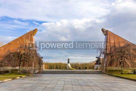 Architecture : Soviet War Memorial (Treptower Park) in Berlin Germany #03119