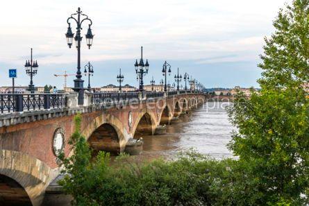Architecture : Pont de Pierre bridge over Garonne river in Bordeaux France #03196