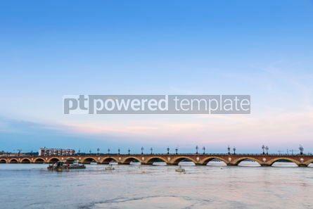 Architecture : Pont de Pierre bridge over Garonne river in Bordeaux France #03198