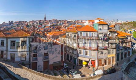 Architecture : Panoramic skyline view of Ribeira - historical district of Porto #03206