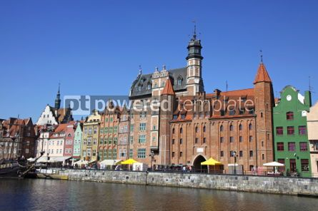 Architecture : Colourful old buildings with blue sky background in City of Gdan #03534