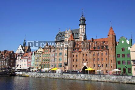 Architecture : Bunte altbauten mit hintergrund des blauen himmels in der stadt von gdan Foto #03534