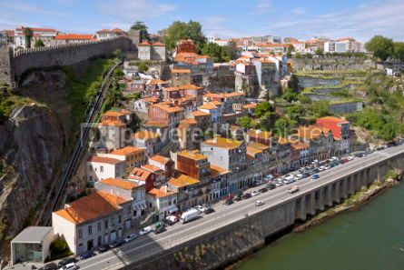 Architecture : Aerial view of picturesque houses in historic centre of Porto P #03552