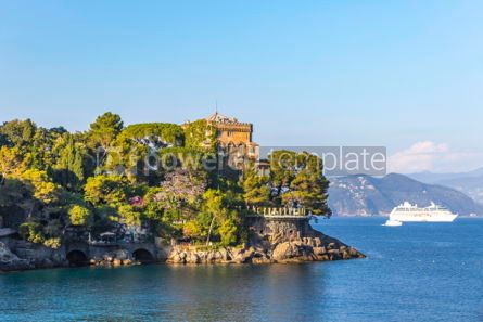 Architecture : Beautiful view of the Bay of Paraggi in Santa Margherita Ligure #03790
