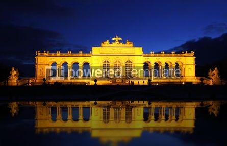 Architecture : The Gloriette in the Schonbrunn Palace Garden Vienna Austria #03814