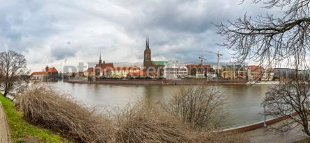Architecture : Cathedral Island and Oder river in Wroclaw Poland #03834