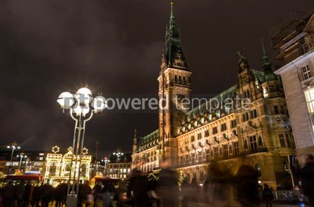 Architecture : Christmas market (Weihnachtsmarkt) at Town Hall square in Hambur #03845