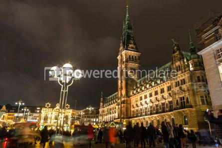 Architecture : Christmas market (Weihnachtsmarkt) at Town Hall square in Hambur #03848