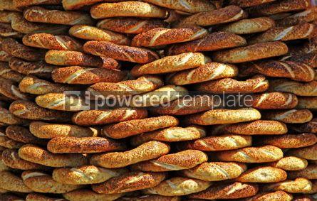 Food & Drink: Traditional turkish crispy sesame bagels (simits) seen at a stre #03894