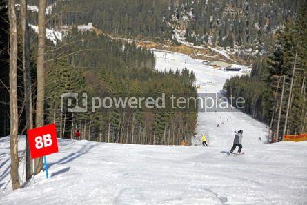 Sports : Ski track of Bukovel ski resort Carpathian mountains Ukraine #03913