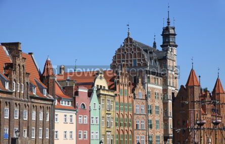 Architecture : Colourful old buildings with blue sky background in City of Gdan #03973