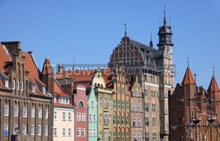 Architecture : Bunte altbauten mit hintergrund des blauen himmels in der stadt von gdan Foto #03973