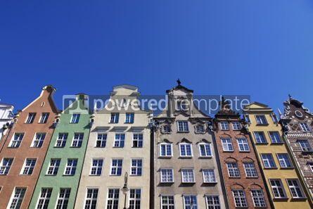 Architecture : Bunte altbauten mit hintergrund des blauen himmels in der stadt von gdan Foto #03976