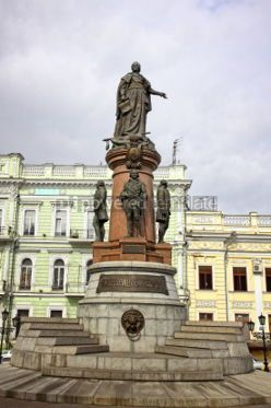 Architecture : Monument to Empress Catherine the Great in downtown of Odessa ci #04163