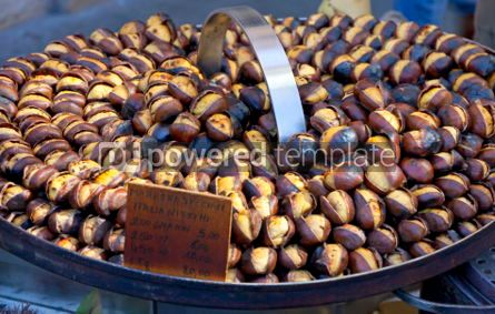 Food & Drink: Roasting chestnuts on the grill by a street vendor in Rome #04262