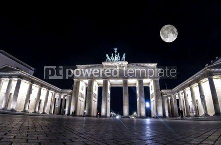 Architecture : Brandenburg Gate in Berlin Germany #04409