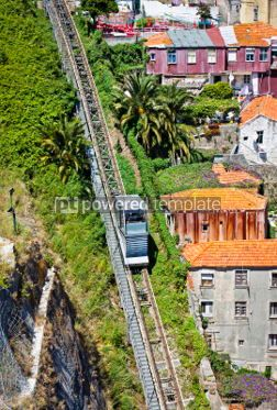 Transportation: Funicular dos Guindais and picturesque houses in historic centre #04534