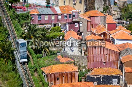 Transportation: Funicular dos Guindais and picturesque houses in historic centre #04537