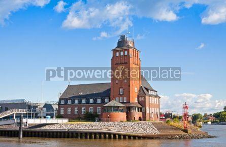 Architecture : Lotsenhaus Seemannshoft (Pilot house) in the port of Hamburg Ge #04541