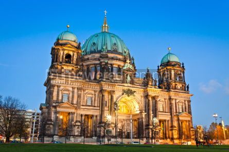 Architecture : Evening view of Berlin Cathedral Germany #04554