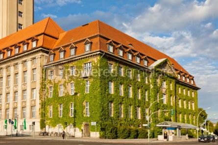 Architecture : Berlin-Spandau Town Hall (Rathaus Spandau) Germany #04960