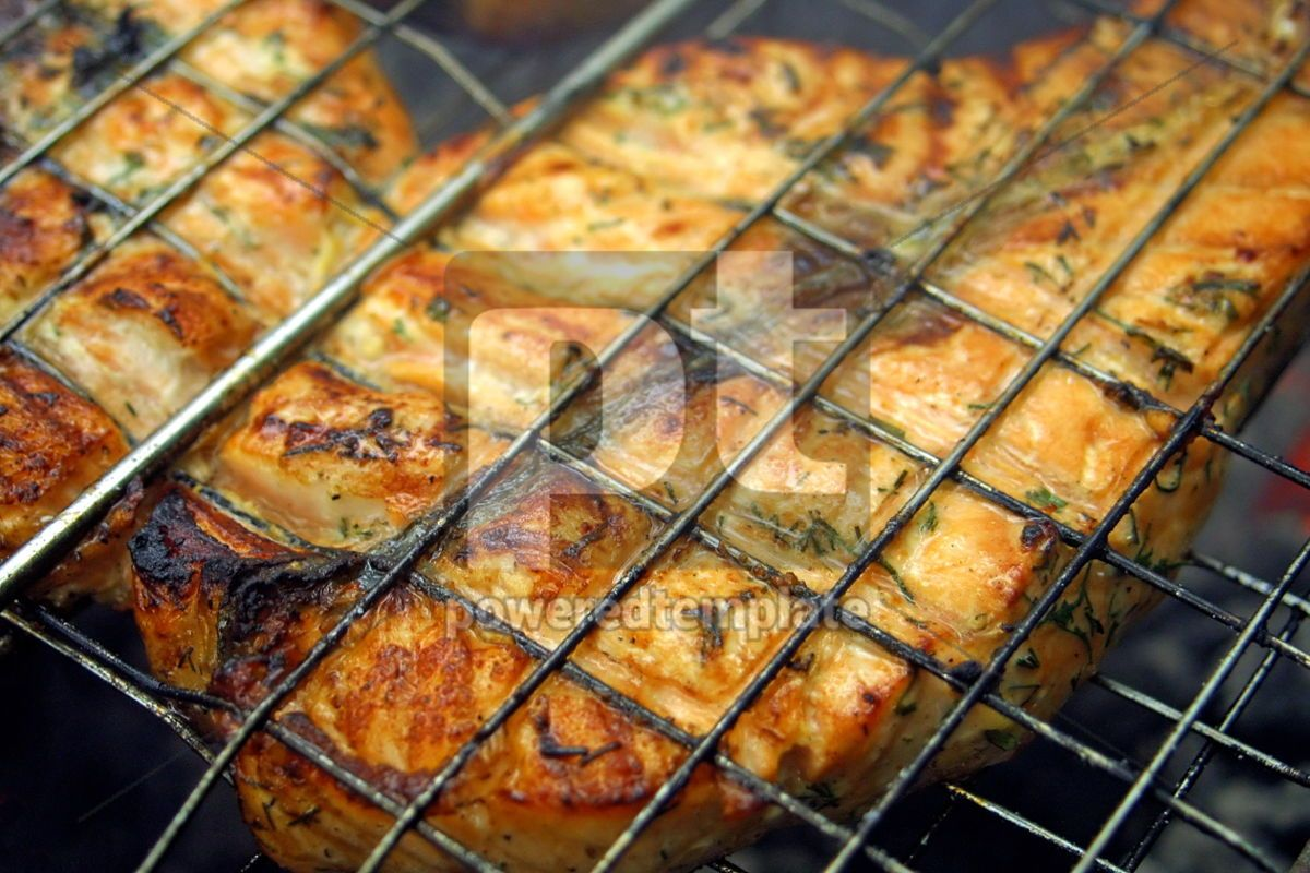 Close-up salmon steak cooking on a grill, 05019, Food & Drink — PoweredTemplate.com