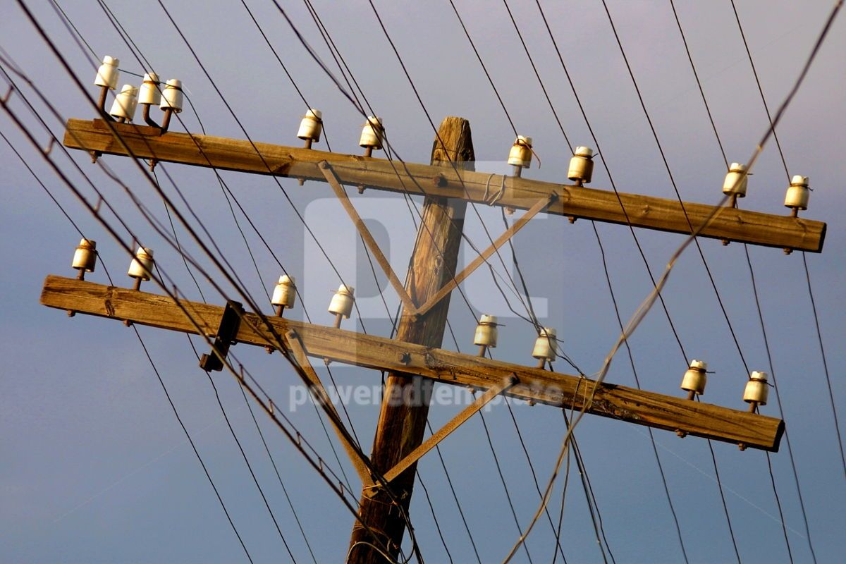 Wooden electricity post, 05032, Industrial — PoweredTemplate.com