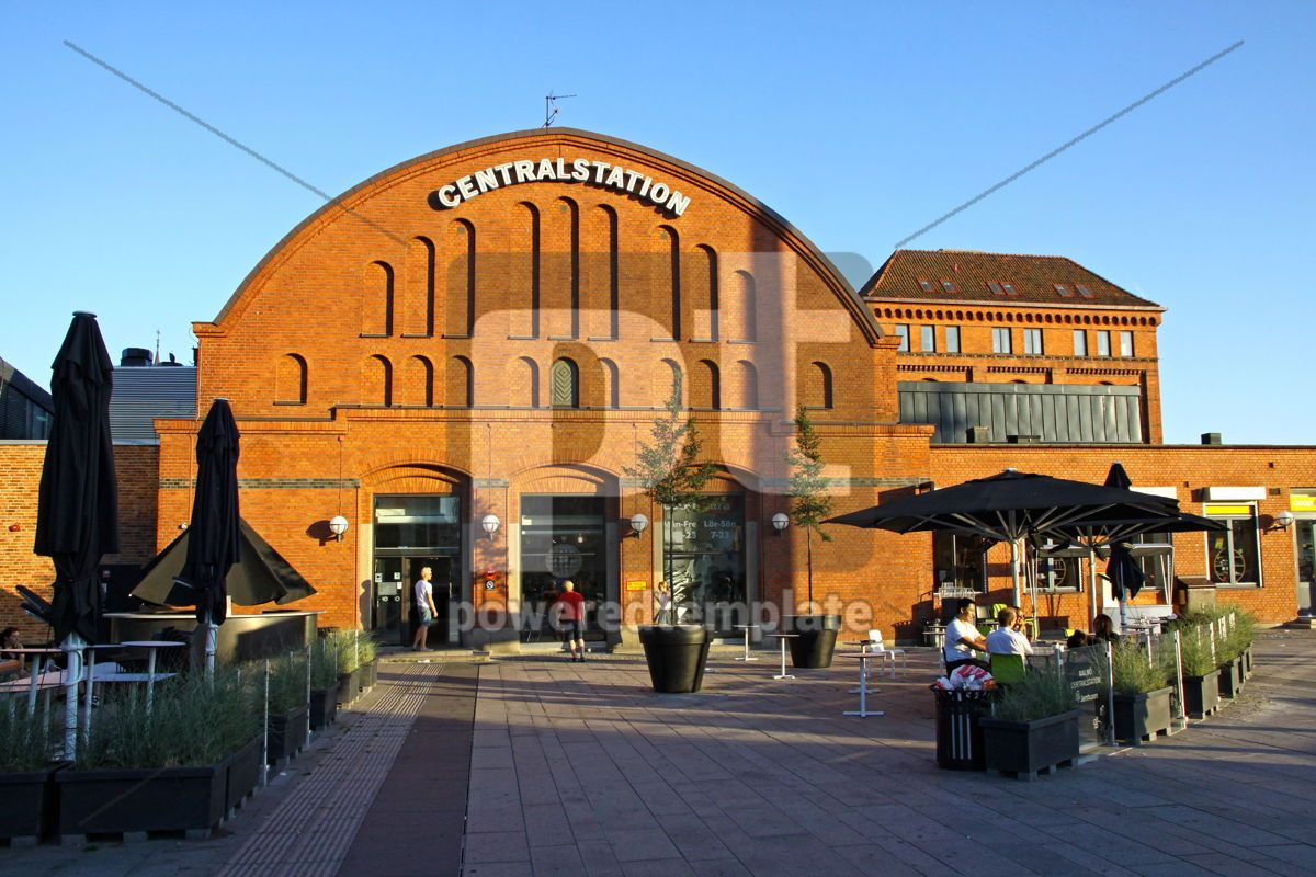 Central railway station in Malmo Sweden, 05058, Transportation — PoweredTemplate.com