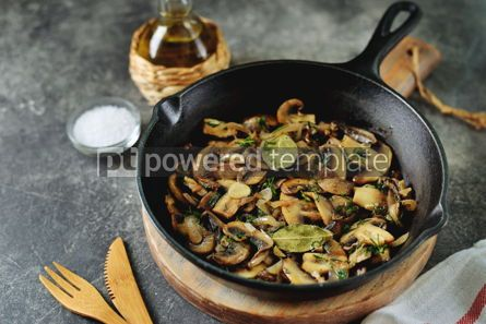 Food & Drink: Fried mushrooms with onions garlic bay leaf and dill. #05250