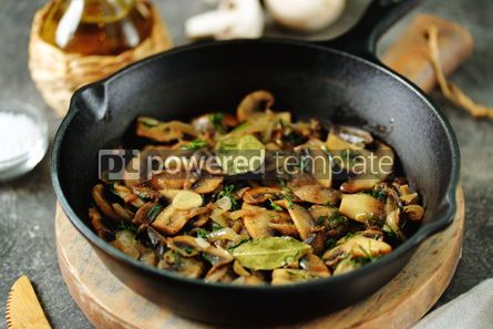 Food & Drink: Fried mushrooms with onions garlic bay leaf and dill. #05251