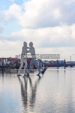 Architecture : Molecule Man sculpture on Spree River in Berlin Germany #05312