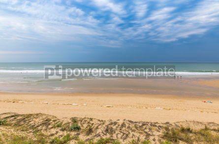 Nature: Ocean beach on the Atlantic coast of France near Lacanau-Ocean  #05488