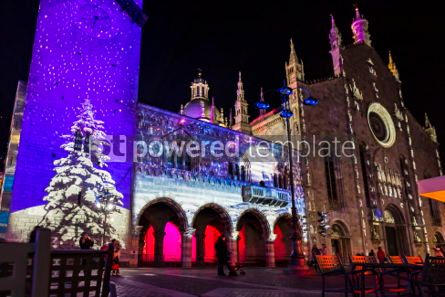 Architecture : Festive Christmas decorations on facades of buildings in Como I #05569