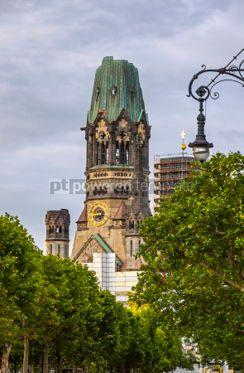 Architecture : Kaiser-Wilhelm-Kirche church in Berlin Germany #06879