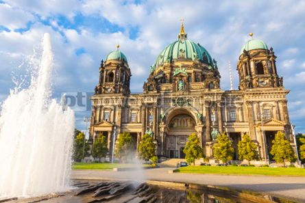 Architecture : Berlin Cathedral (Berliner Dom) in Berlin Germany #06890