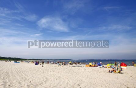 Nature: Crowded Baltic beach in Swinoujscie #06964