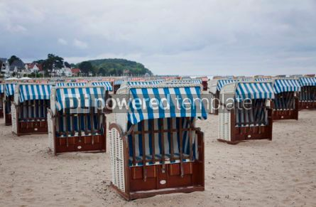 Nature: Hooded beach chairs (strandkorb) at the Baltic seacoast #07058
