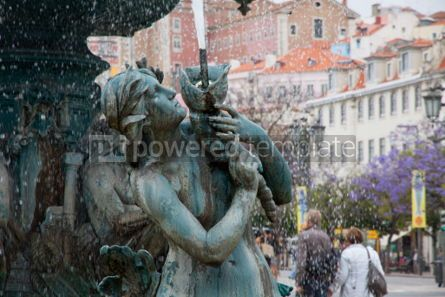 Architecture : Bronze fountain at Rossio square in Lisbon #07432
